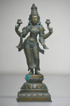Lakshmi | 15 Inches